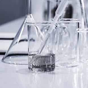 Principais vidrarias e equipamentos de laboratório de química que você precisa